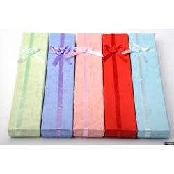 Geschenk-Verpackung aus Karton mit Schleife in vielen Farben